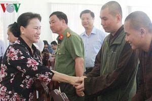 Chủ tịch Quốc hội tiếp xúc cử tri tại huyện Phong Điền của Cần Thơ
