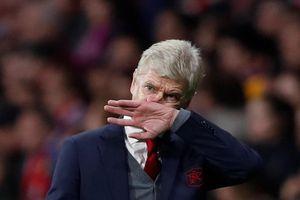 Mỗi ngày Wenger ở lại Arsenal là mỗi ngày lãng phí