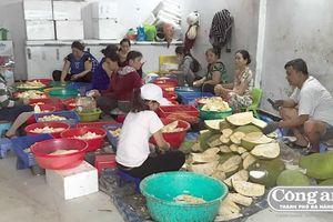 Liên tiếp phát hiện cơ sở sản xuất thực phẩm không rõ nguồn gốc xuất xứ