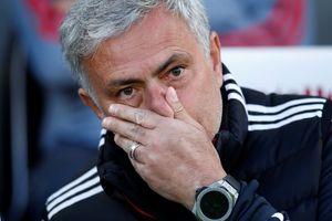 Thua sốc Brighton, Mourinho liên tục nhắc đến Lukaku