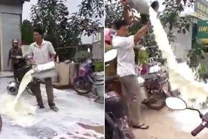 Dân đổ sữa nghi bị ép giá: Người vợ khẳng định việc đã được giải quyết