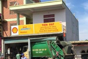 Nghệ An: Ô tô chở rác bất ngờ tông vào nhà dân, 3 người bị thương nặng