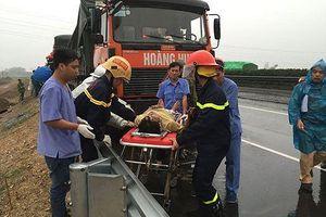 Giành giật sự sống sau tiếng còi cấp cứu 115