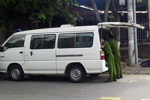 Đà Nẵng: Phát hiện người đàn ông nằm bất tỉnh bên vũng máu