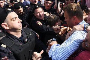 Thủ lĩnh đối lập Nga bị bắt vì tổ chức biểu tình trái phép