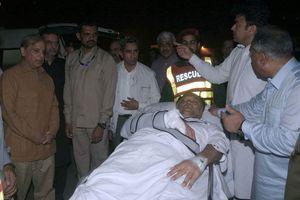 Bộ trưởng Nội vụ Pakistan vừa thoát chết trong gang tấc