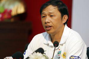 HLV Dương Minh Ninh: Trọng tài làm phá sản công sức của HAGL