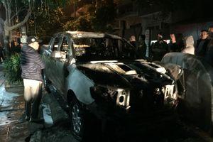 Vụ cháy Ford Ranger: Chủ xe dài cổ chờ kết luận nguyên nhân
