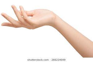 7 dấu hiệu cảnh báo sức khỏe qua đôi bàn tay