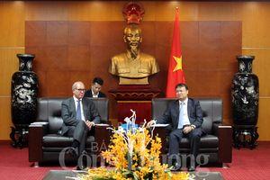 Việt Nam là quốc gia thành viên tích cực của Tổ chức Cấm vũ khí hóa học