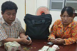 3 ngày bắt 2 vụ vận chuyển tiền và hàng hóa trái phép qua biên giới