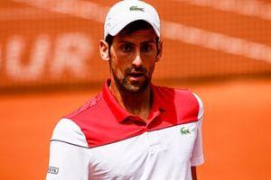 Hạ đẹp Nishikori, Djokovic vào vòng 2 Madrid Open