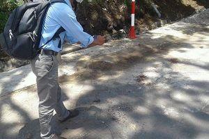 Tưởng đồ giả, một phụ nữ bị lựu đạn phát nổ trên tay