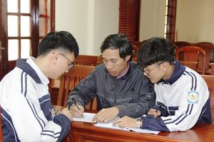 Nam sinh Nghệ An đã được cấp visa dự thi quốc tế trong lần phỏng vấn thứ 3