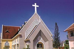 Quy hoạch Thủ Thiêm: Từ bảo tồn đến xóa bỏ Dòng Mến Thánh Giá, Nhà thờ Thủ Thiêm