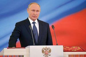 Tổng thống Putin nhậm chức và lời hứa 6 năm tạo ra đột phá kinh tế