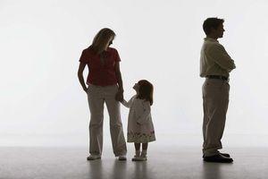 Điều kiện giành lại quyền nuôi con sau ly hôn