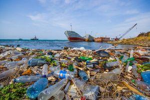 Đại dương đang bị 'bóp nghẹt' bởi rác thải nhựa