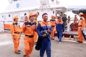Chìm tàu cá trên vùng biển Vũng Tàu, 3 ngư dân được cứu sống