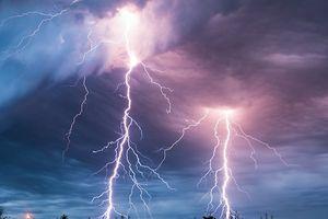 Đắk Lắk: Cảnh báo thương vong do mưa sét đầu mùa