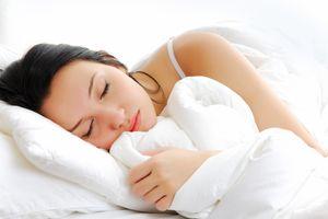 Điều gì xảy ra với cơ thể trong khi ngủ?