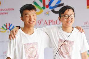 Hai anh em ruột cùng dự thi Olympic Vật lí châu Á