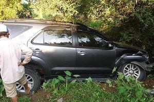 Quảng Trị: Trốn sự truy đuổi của CSGT, lái xe ô tô tự gây tai nạn rồi bỏ chạy