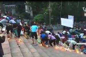 Đề nghị trụ trì chùa Hương chấn chỉnh việc tranh cướp lộc