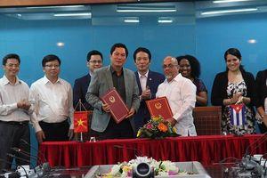 Việt Nam – Cuba ký biên bản ghi nhớ hợp tác trong lĩnh vực xuất bản