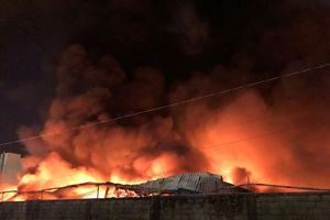 Hơn 3.000m2 nhà xưởng KCN Vĩnh Lộc bị thiêu rụi