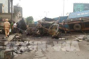 Hải Phòng: Hai xe container va chạm, hai người thiệt mạng