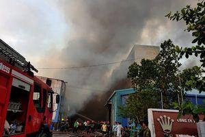 TP.HCM: Cháy lớn tại khu công nghiệp Vĩnh Lộc