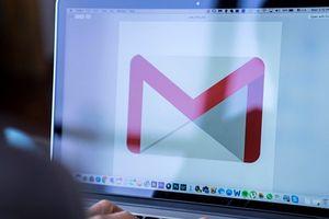 Google dùng trí tuệ nhân tạo giúp người dùng soạn thư cực nhanh