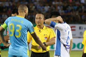 VFF trừng phạt 2 cầu thủ Sanna Khánh Hòa vì 'đá xấu' HAGL