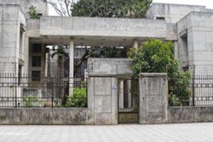 Cận cảnh ngôi 'nhà ma' số 300 Kim Mã vừa được Bộ Ngoại giao tiếp nhận