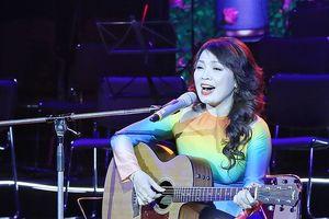 NSND Thái Bảo từng bị e ngại sẽ hát 'Thăm bến Nhà Rồng' giống như 'Tây hát chèo'