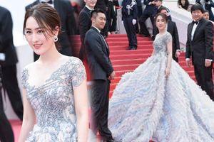 Cannes 2018: 'Tú bà tin đồn' Mã Tô câu giờ tạo dáng đến tận 6 phút, bảo vệ đuổi mãi vẫn không chịu đi