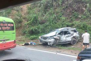 Tai nạn kinh hoàng khiến 4 người thương vong, tài xế mắc kẹt trong ca bin suốt 2 giờ