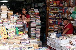 Lạc về tuổi thơ trên phố sách cũ Sài Gòn