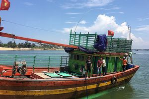 Bị cuốn vào lưới, một ngư dân tử nạn