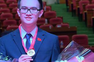 Nam sinh trường Ams giành giải đặc biệt Olympic Vật lý châu Á