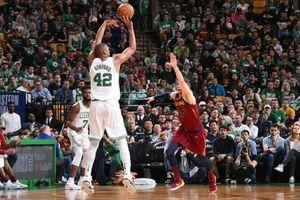 Đóng băng King James, Boston Celtics hào hùng thắng game 1