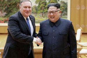 Cố vấn ông Trump 'vừa đánh vừa xoa' Triều Tiên