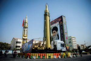 Tướng lĩnh hàng đầu Iran ra tín hiệu Mỹ về hạt nhân