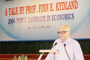 Giáo sư Finn E. Kydland kể về con đường đoạt giải Nobel