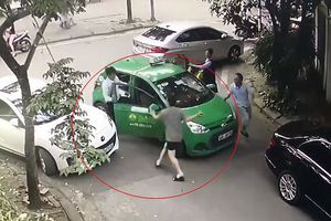 Lái xe taxi bị đánh vẫn đang điều trị tại bệnh viện