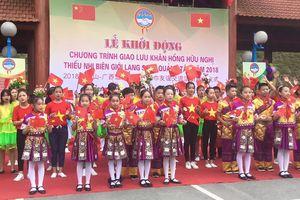 Lạng Sơn: Sôi nổi giao lưu hữu nghị, tuyên dương học sinh xuất sắc