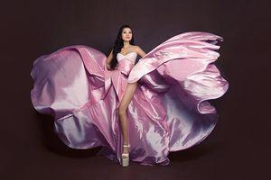 Nữ hoàng Trần Huyền Nhung gợi cảm với những mẫu thiết kế độc quyền của NTK Tuấn Hải
