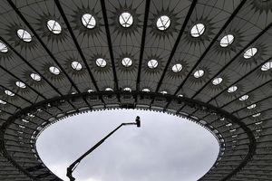 Cận cảnh: Sân Olimpiyskiy sẵn sàng cho trận chung kết Champions League