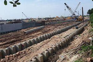 Dự án trạm bơm tiêu Yên Nghĩa: Ép cọc làm nứt nhà dân, nhà thầu trì hoãn khắc phục